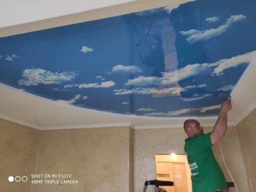 красивые облака на натяжном потолке